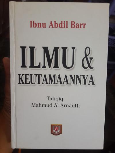 Buku Ilmu Dan Keutamaannya Cover