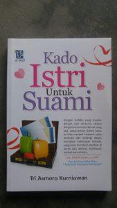 Buku Kado Istri Untuk Suami cover