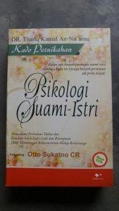 Buku Kado Pernikahan Psikologi Suami Istri cover