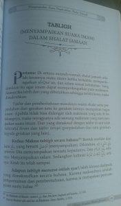 Buku Kajian Lengkap Shalat Jamaah Hukum Manfaat Permasalahan isi 5