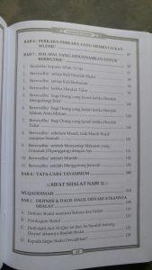 Buku Kompilasi 3 Ulama Besar Sifat Shalat Nabi isi