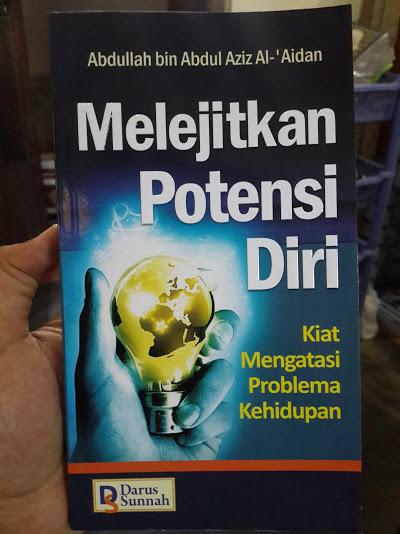 Buku Melejitkan Potensi Diri Kiat Mengatasi Problem Kehidupan Cover