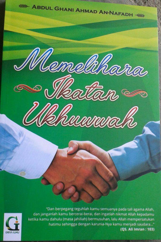Buku Memelihara Ikatan Ukhuwah cover