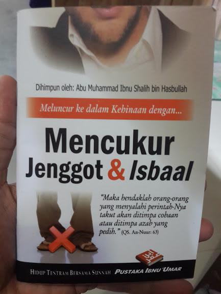 Buku Saku Mencukur Jenggot Dan Isbaal Cover