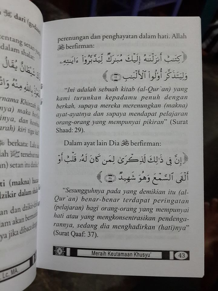 Buku Saku Meraih Keutamaan Khusyu Menurut Quran Sunnah Isi