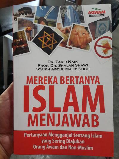 Buku Mereka Bertanya Islam Menjawab Cover
