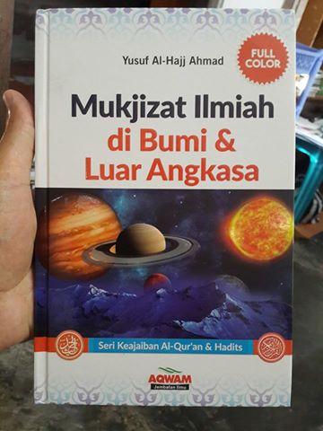 mukjizat ilmiah di bumi dan di luar angkasa buku cover