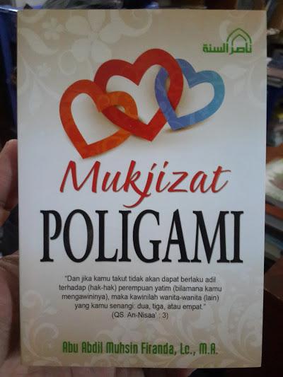 Buku Mukjizat Poligami Cover