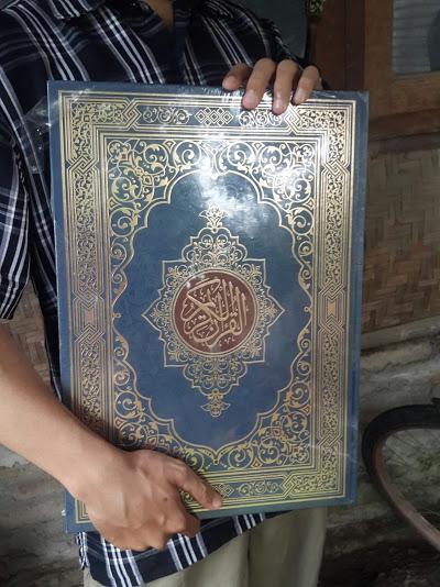 Al-Qur'an Mushaf Al-Madinah Al-Muyassar Ukuran Jumbo Tampilan
