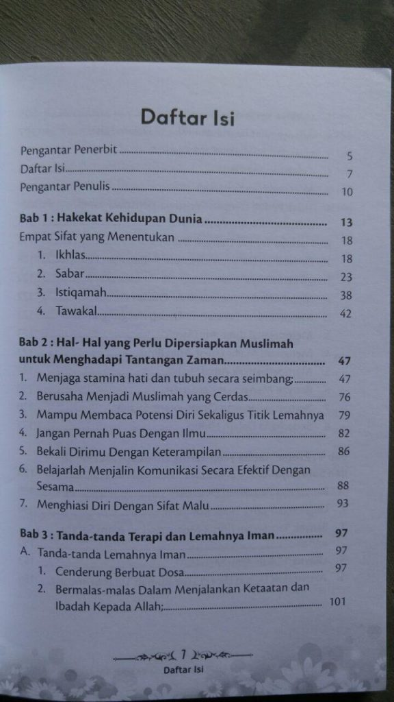 Buku Muslimah Tetaplah Shalihah Meski Zaman Berubah isi 2