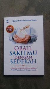 Buku Obati Sakitmu Dengan Sedekah cover