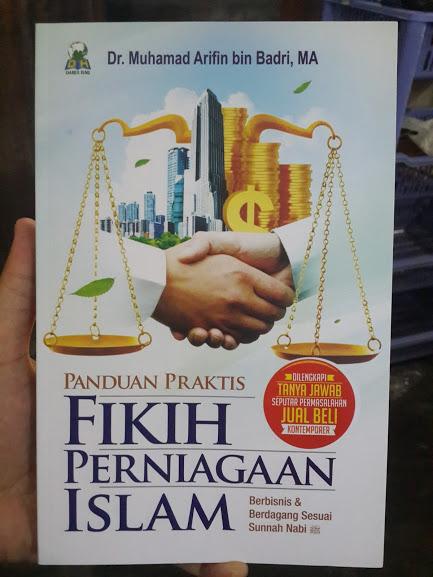 Buku Panduan Praktis Fikih Perniagaan Islam Cover