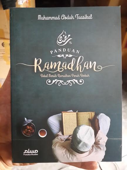 Buku Panduan Ramadhan Bekal Meraih Ramadhan Penuh Berkah Cover