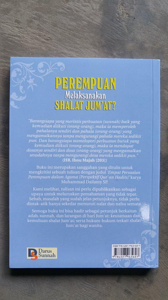 Buku Perempuan Melaksanakan Shalat Jum'at cover 2