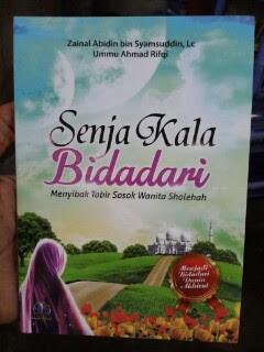 Buku Senja Kala Bidadari Menyingkap Tabir Wanita Shalihah Cover