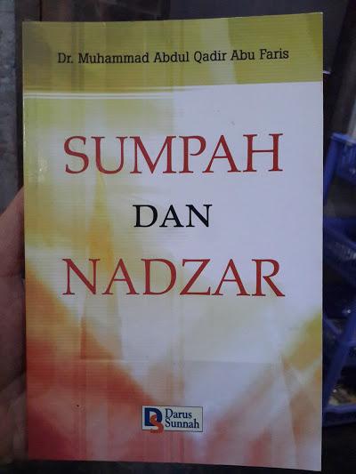 Buku Sumpah Dan Nadzar Cover