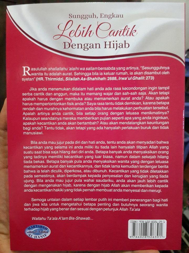 Buku Sungguh Engkau Lebih Cantik Dengan Hijab Cover 2