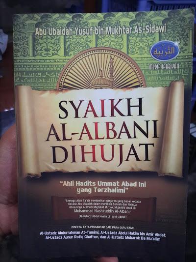 Buku Syaikh Al-Albani Dihujat Cover