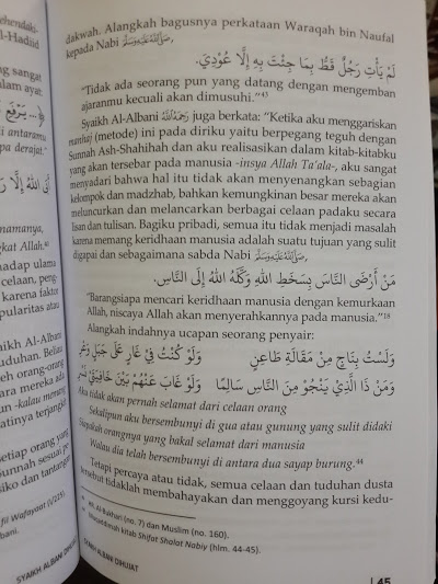Buku Syaikh Al-Albani Dihujat Isi