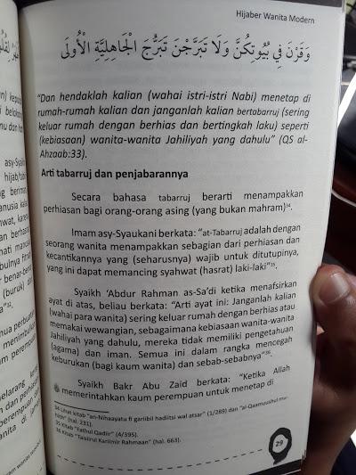 Buku Tabarruj Hijaber Wanita Modern Isi