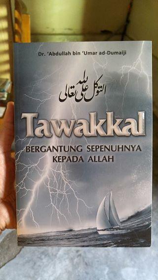 tawakal bergantung sepenuhnya kepada Allah buku cover