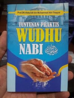 Buku Saku Tuntunan Praktis Wudhu Nabi Cover