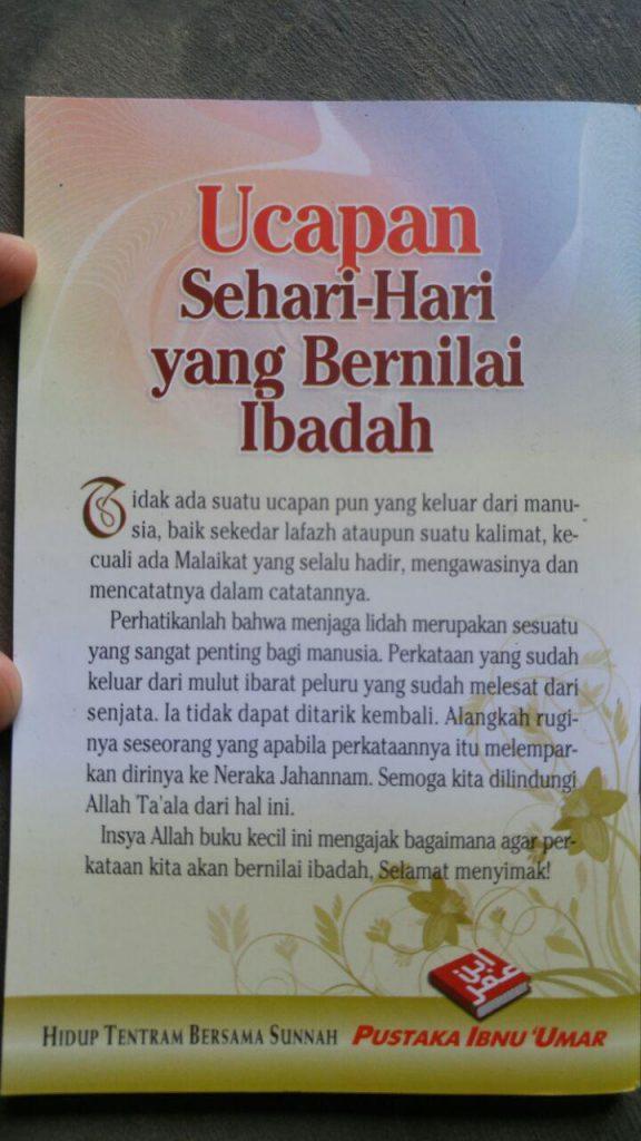 Buku Saku Ucapan Sehari Hari Yang Bernilai Ibadah cover 2