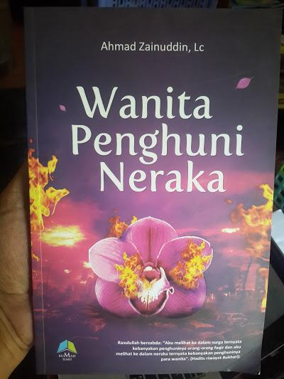 Buku Wanita Penghuni Neraka Cover
