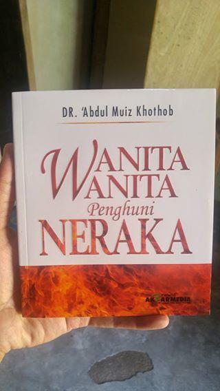 Buku Wanita-Wanita Penghuni Neraka cover