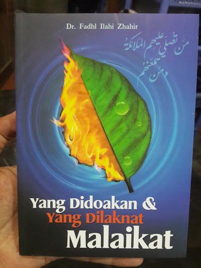 Buku Yang Didoakan Dan Yang Dilaknat Malaikat Cover