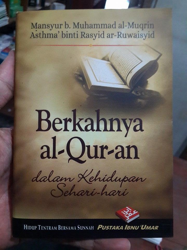 Buku Saku Berkahnya Al-Qur'an Dalam Kehidupan Cover