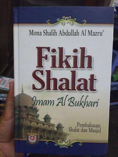 Buku Fikih Shalat Imam Al-Bukhari Cover