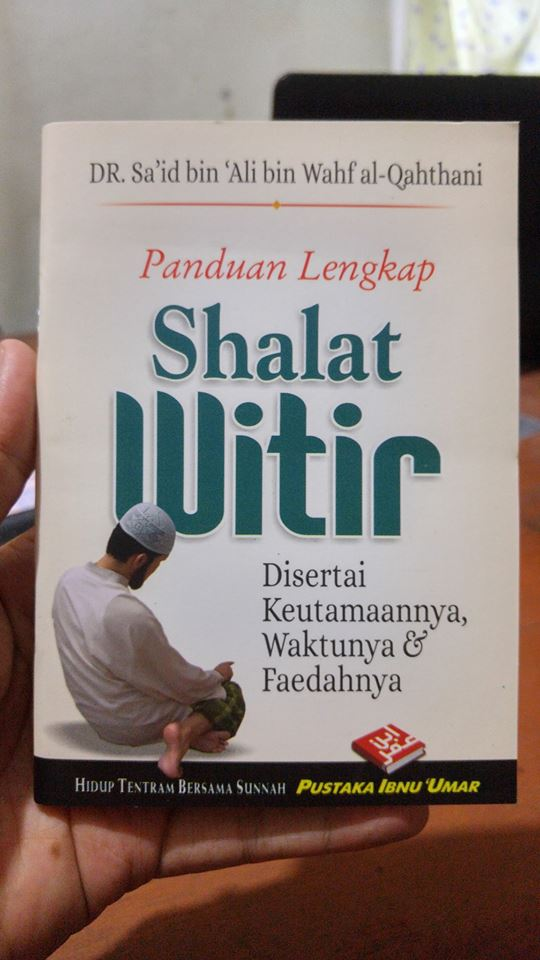 Buku Saku Panduan Lengkap Shalat Witir cover